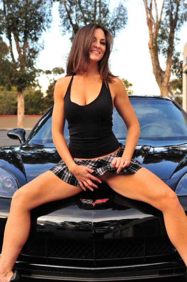 Hot Car Girls Carsut Understand Cars And Drive Better