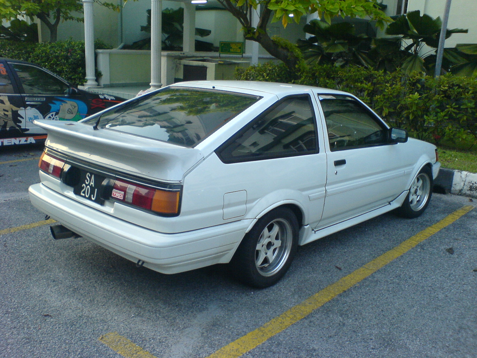 Toyota Ae86 Carsut Understand Cars And Drive Better Headlight Wiring Diagram Levin
