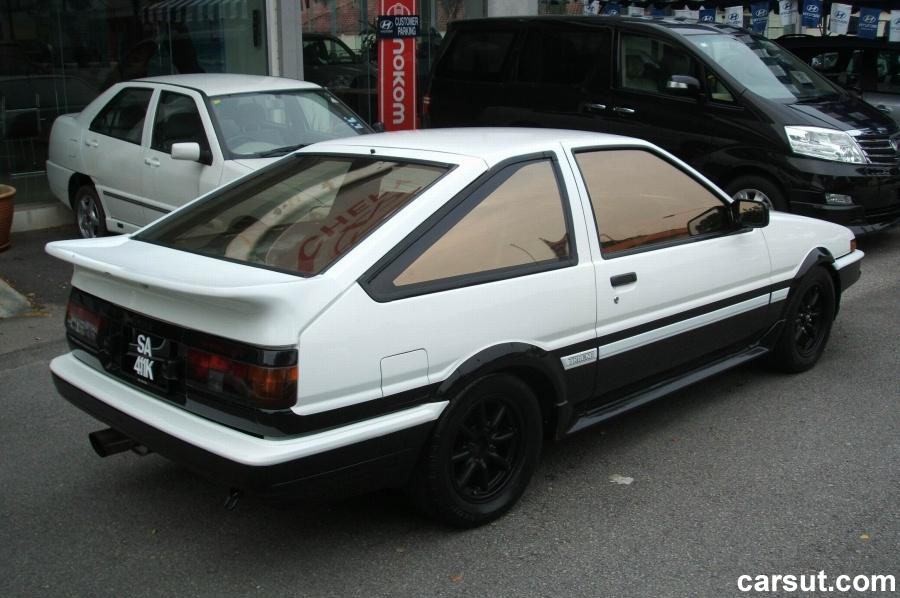 Toyota AE86 rear view