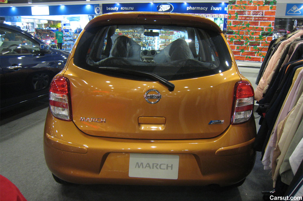 Nissan March rear view