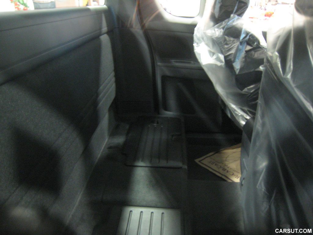 Mazda BT-50 rear seat
