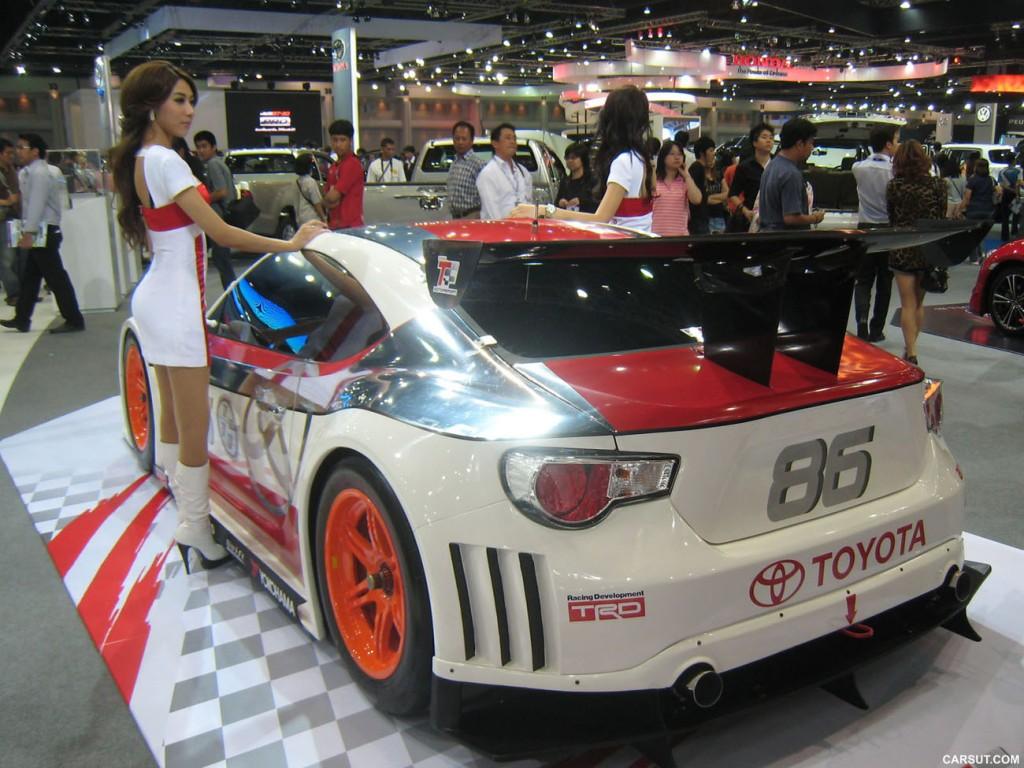 hot car hot girls