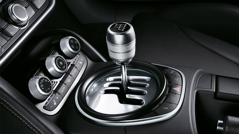 Audi R8 6-speed manual transmissions