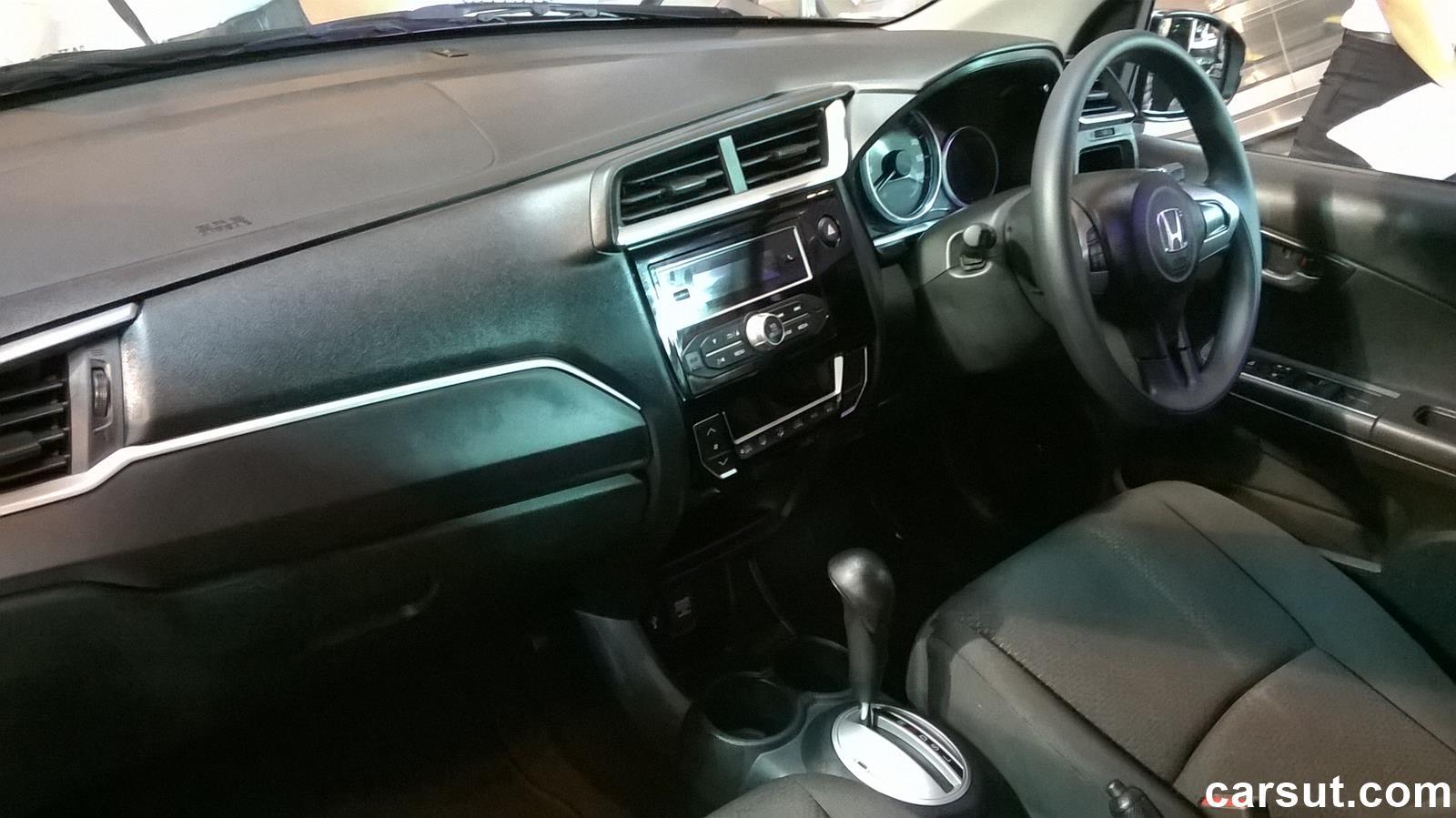 Honda BR-V interior